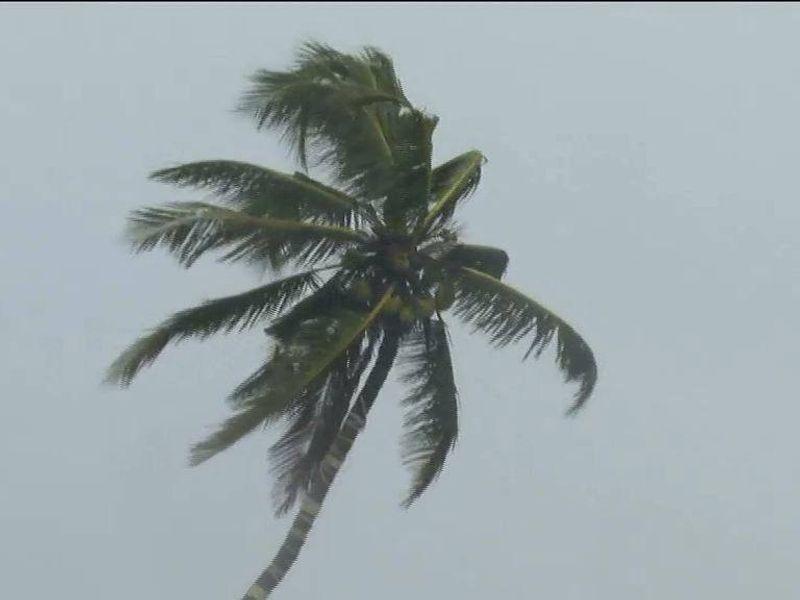 buveri cyclone precautions in kerala 12 flights cancelled